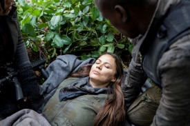 Anne has been giving away her rations and has now worn herself down. But her dream leads her to Lexi.