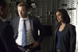 Ressler and Keen investigating the robbery.