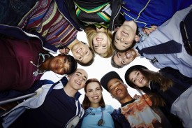 """Red Band Society Series Premiere – """"Pilot"""" Spoiler-Free Advance Review. A Coming of Age Dramedy."""