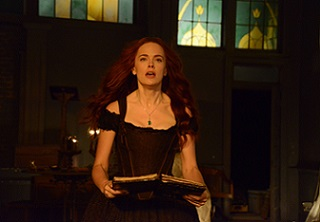 Katrina, hurt by the loss of Henry, uses the traveler spell to return to the year 1781 to change the course of history.