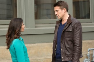 Why are the bad boys so hot!? Do you think Juliette will hook up with Kenneth?