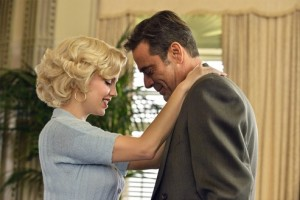 Kelli Garner as Marilyn and Jeffrey Dean Morgan as Joe. Photo by Ben Mark Holzberg.